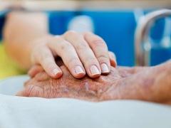 dt_160518_nurse_patient_comfort_800x600